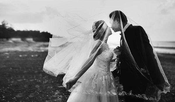 חתונה אזרחית או נישואים אזרחיים - האם זה אפשרי בארץ? בהחלט כן, אך לצערנו עדיין אין את האפשרות המושלמת שתאפשר לכל אחד להתחתן בחתונה חילונית.